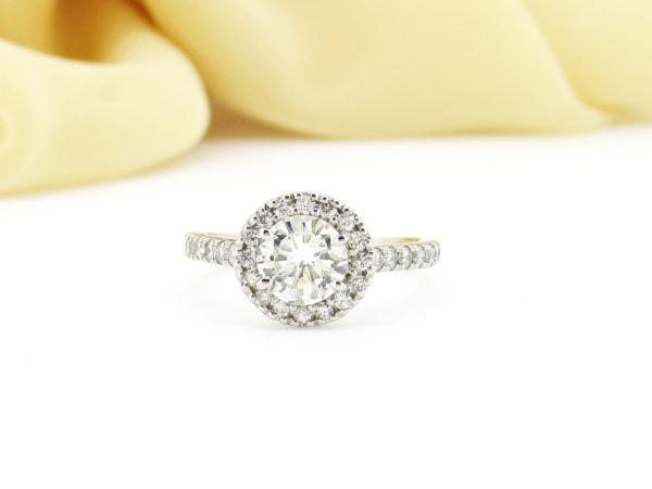 ご家族の刻印を入れてリフォームする特別なダイヤのリング