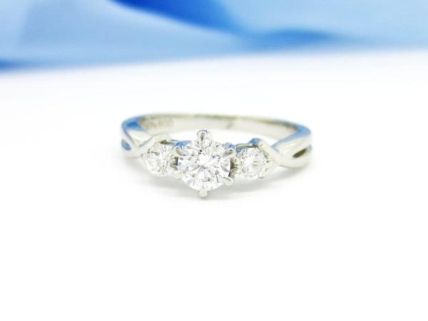 リフォーム前の思い出のダイヤの指輪
