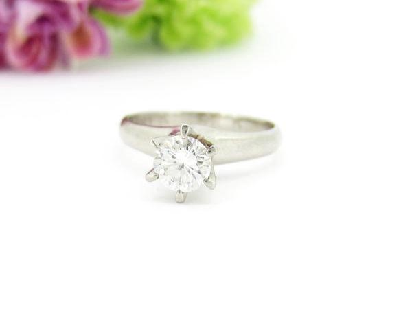 シンプルな立て爪の婚約指輪のリフォーム事例